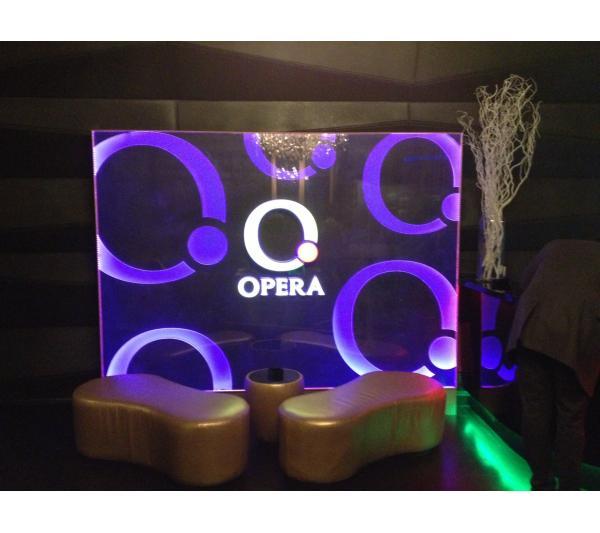 Вывеска акриловая для Opera Prestige